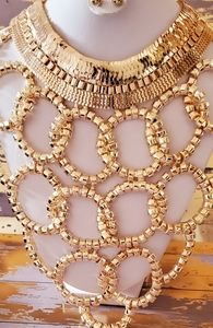 Jewelry - Chunky gold loop metal bib necklace set